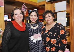 03012017 BABY SHOWER.  Margarita de Castillo y Paty de Guerra acompañan a Isolda Castillo de Guerra en su fiesta de canastilla.