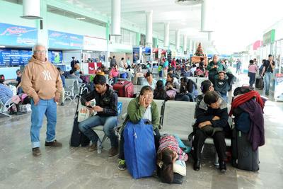 Hasta mediodía del miércoles sólo había salidas a Monterrey, Nuevo León; Reynosa, Matamoros, Nuevo Laredo, Tamaulipas, además de los municipios coahuilenses.