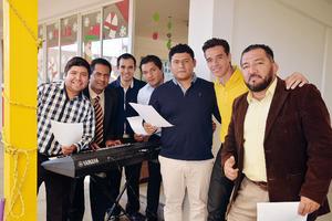 05012017 ENTRE AMIGOS.  Gerardo, Piero, Carlos, Edgar, Cristian, Arturo y Marco.