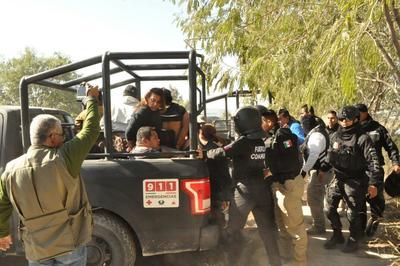 Al menos 30 personas fueron detenidas en ese momento, pero los manifestantes se reagruparon y volvieron al lugar.
