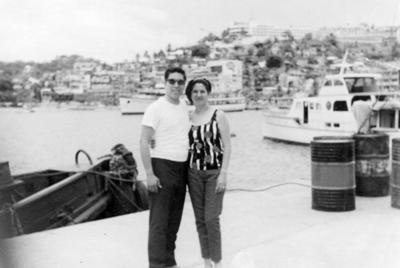 08012017 Dionisio Sánchez Herrera en compañía de su esposa en Acapulco, Guerrero, en 1968.