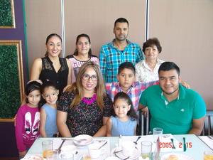 08012017 En la celebración de cumpleaños de María Estefani con las Familias Cortina García, Cortina Magaña y Cortina Hernández.