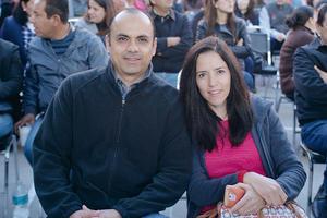 09012017 EN RECIENTE EVENTO.  Samuel y Adriana.