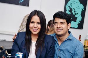 08012017 EN PAREJA.  Alejandra y Omar.