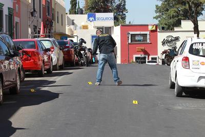 El código rojo se activó poco antes de las 12:00 del día, tras el reporte de una persona herida de bala en la avenida 20 de Noviembre.