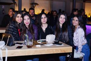 11012017 Paola, Sofía, Laura, Salma y Pamela.