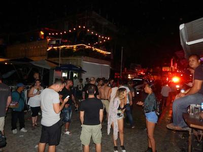 """En el bar se celebrabá una fiesta del festival de música """"BPM"""", cuya organización indicó en redes sociales que tras los reportes de tiroteos, todas las actividades se cancelaron."""