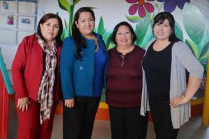 15012017 COMIDA DE PERSONAL.  Marcela, Isabel, Ana María y Laura.