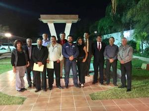 15012017 Miembros del Consejo entrante y saliente de la asociación.