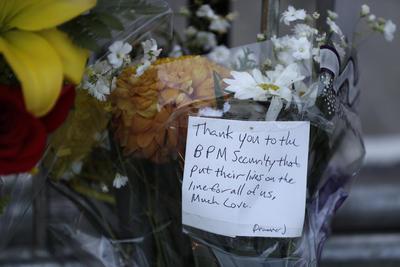 En los mensajes puestos, escribían al cuerpo de seguridad de la discoteca, dando las gracias por arriesgar sus vidas por la seguridad del lugar y de las personas que se encontraban ahí.
