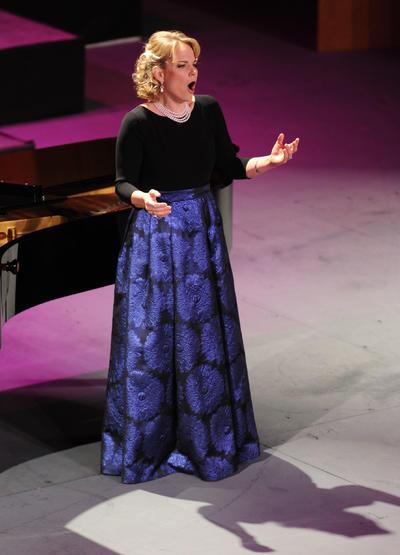 """Rompió el silencio después del aplauso y la """"Voi che sapete"""", de la misma Ópera de Mozart, fue una de las mejores interpretaciones de la noche."""