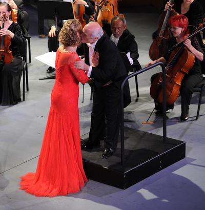 El maestro Orbelian y la diva Garanca, sin duda hacen excelente mancuerna musical, misma que ayer demostraron ante el público lagunero.