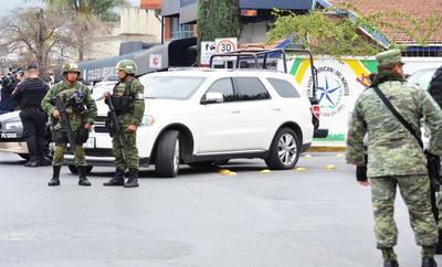 """Jaime Rodríguez Calderón, gobernador del Estado, dijo que """"este joven (el agresor) ha sido retirado de la atención médica porque tenía muerte cerebral y ha fallecido""""."""