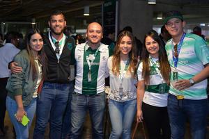 Lily, Omar, Chuy, Paty, Ani y Rafa