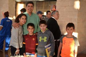 Yemile, Gazi, Gazi, Gazi y Pablo