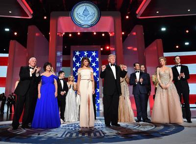 La familia de Trump participó en la gala.