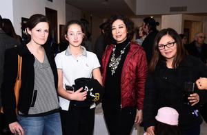 21012017 Alejandra, Fernanda, Italia y Luna.