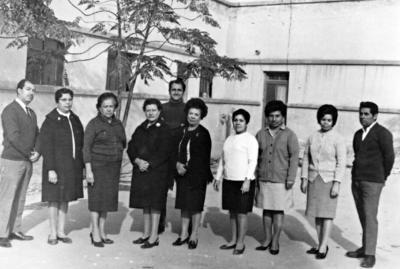 22012017 Maestros integrantes del personal docente de la Escuela Primaria Dr. Habib Estefano en 1960.