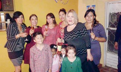 26012017 Argentina, Elisa, Lupita, Elizabeth, Ana Teresa, Mayra Alejandra, David, Paloma, Sebastián y Sophia.