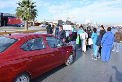 La manifestación se suscitó a temprana hora de la mañana ocasionando un caos vial en el periférico.