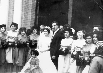 29012017 Consuelo Sotoluján García e Ing. José Muñoz Cisneros el 21 de enero de 1961 en la Basílica Foránea de Nuestra Señora de Guadalupe.
