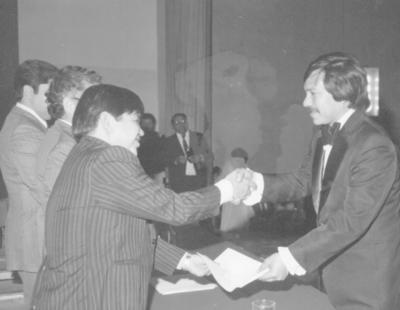 29012017 Jesús Rodríguez Espinoza en su graduación de Contador Público en FCA en 1981.