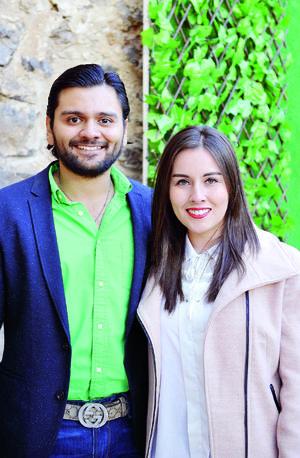 30012017 FELICES.  Andrés y Génesis Ayup.
