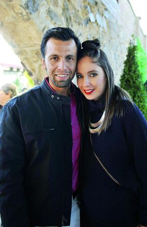 30012017 EN PAREJA.  Joaquín y Graciela.