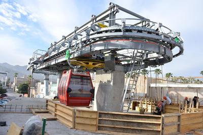 Para poder terminar el Teleférico de Torreón en marzo, o a principios del mes de abril, se trabajarán tres turnos para intensificar las actividades.