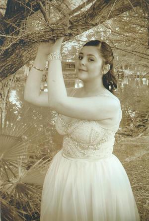 05032017 Paulette Estefanía Reed Castañeda celebró sus XV años de edad. Es hija de Roberto Carlos Reed Castruita (f) y Marcela Castañeda. - Fernando Lozano Valdivia Fotógrafo