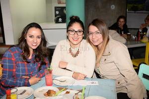 Daniela, Eva y Mayra.