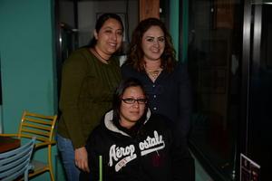 Cecilia, Angélica y Benita.