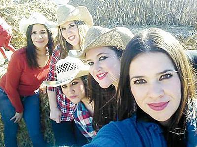 02022017 Caro, Bertha, Aída, Thelma y Rosy.
