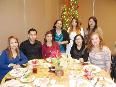 02022017 Edna, Raquel, Perla, Juan, Edith, Elena, Daisy y Ernestina.