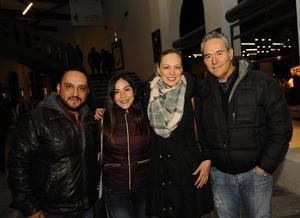 03022017 Alejandro, Elizabeth, Melissa y Miguel.