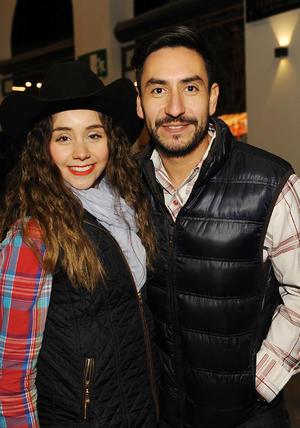 03022017 Sarita y Juan.