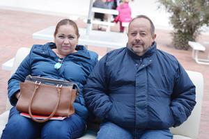 04022017 EN PAREJA.  Blanca y Guillermo.