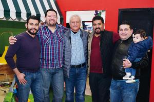 06022017 CONTENTOS.  Santiago, Javier, Gregorio, César, Sebastián y Josephat.