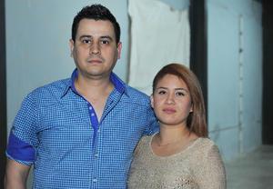 07022017 Julio César y Alicia.