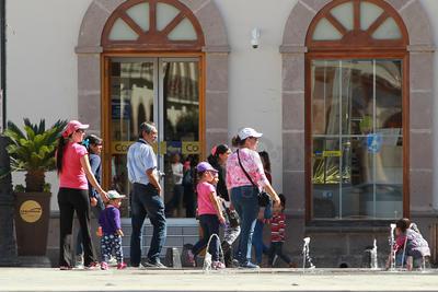 Durante prácticamente todo el fin de semana, se notó en las calles de Durango la presencia de personas que no son vistas todos los días.
