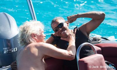 Su amigo Richard Branson, el magnate británico dueño de Virgin, publicó en su blog un completo relato, con fotografías y videos, de sus aventuras acuáticas.