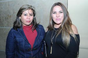 08022017 ASISTEN A OBRA DE TEATRO.  Zoraida y Verónica.
