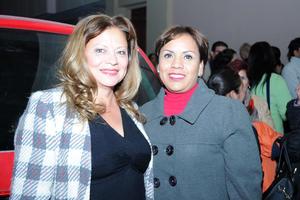 08022017 MUY CONTENTAS.  María Esther y Luz María.