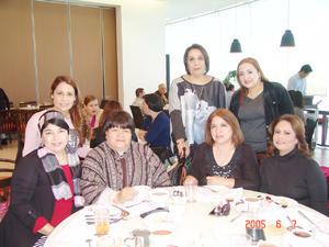 08022017 Poly, Dalia, Elba, Lupita, Brenda, Sandy y Blanquita.