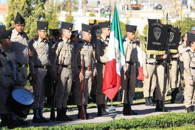 Antes de la marcha, el máximo jefe militar en Durango declaró que la lealtad del Ejército Mexicano es hacia las instituciones de la República, hacia la Constitución, a todo lo que represente la constitucionalidad de la Nación.