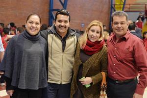 10022017 Lourdes, César, Claudia y Pepe.