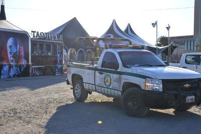 Tras una inspección de Protección Civil Municipal, se determinó que las instalaciones en general no cuentan con las medidas de seguridad necesarias para un espectáculo de ese tipo.