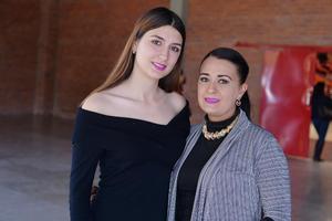 11022017 Sofía y Karina.