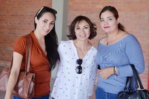 11022017 Cindy, Claudia y Monse.
