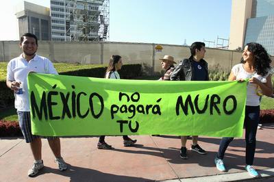 Los mexicanos reiteraron a Trump que este país no pagará por el muro.